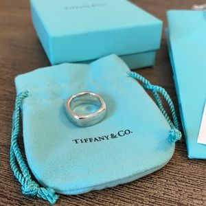 Tiffany & Co silver Square Cushion Ring 6